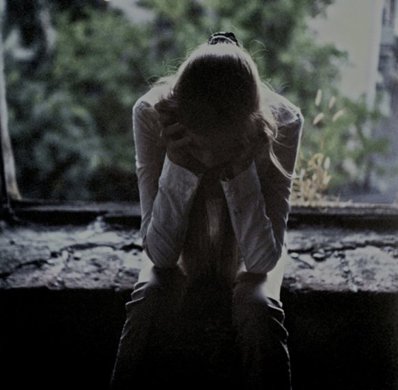 despair_in_a_window_by_stillphototheater-d6k6ubq