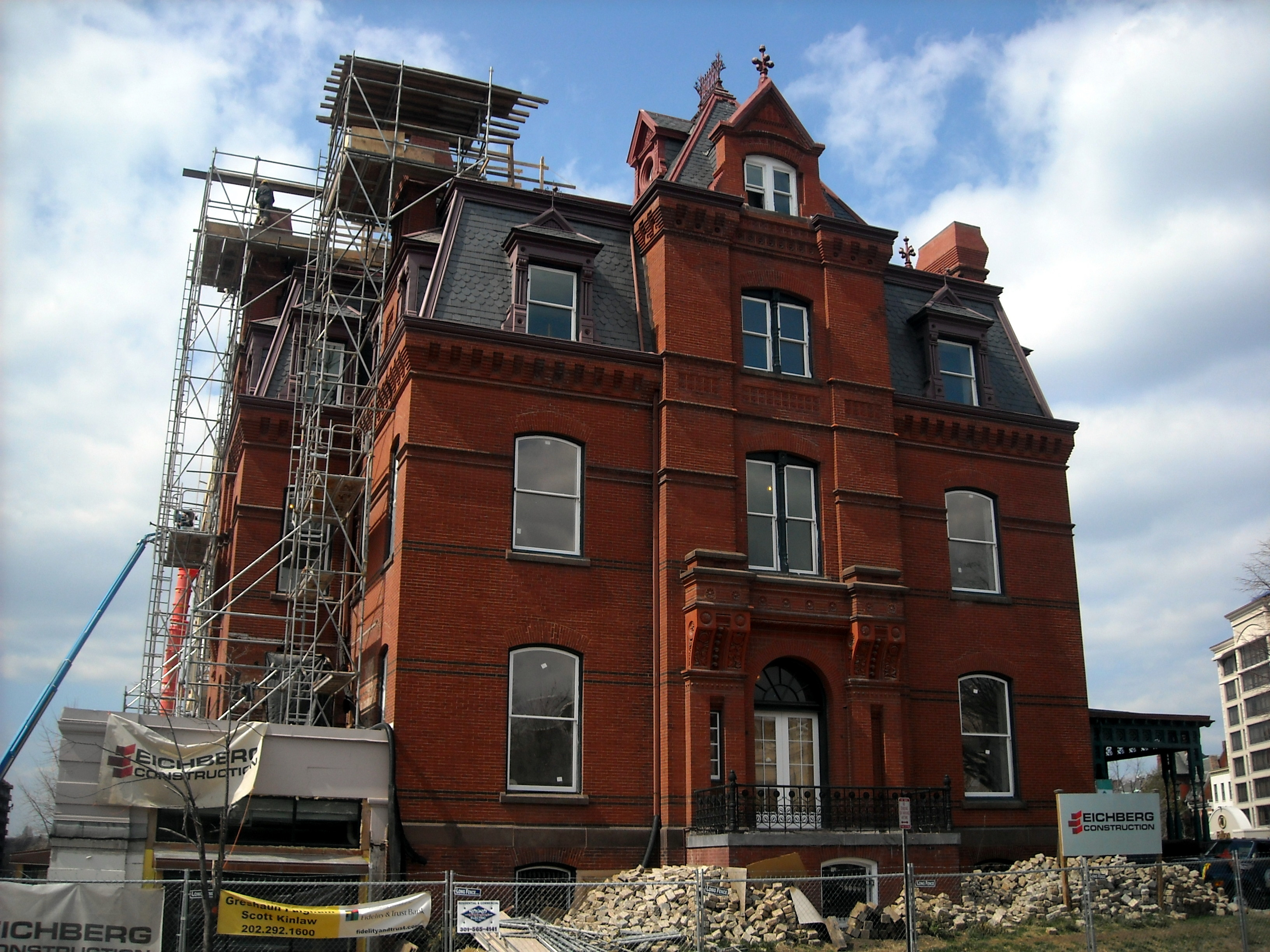 blaine_mansion_during_renovation