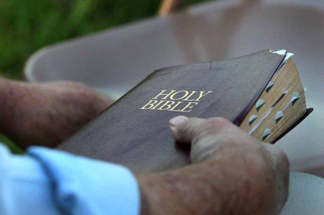 americana_wedding_the_preacher_2813852652429