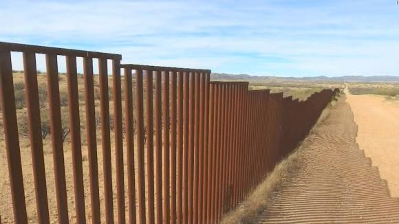 170216172849-griffin-dnt-trump-border-wall-lead-full-169