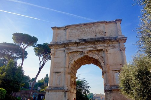 800px-arch_of_titus_283250104217829